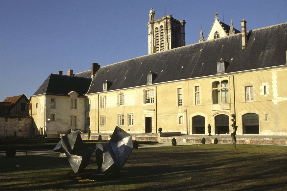 Jardin du musée d\'Art moderne à Troyes - Aube Champagne