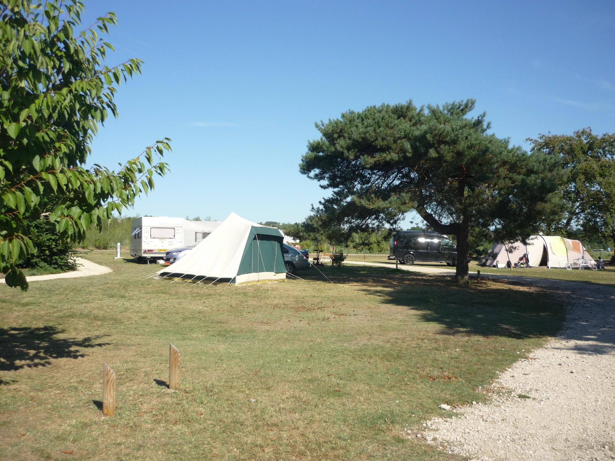 Camping val de blois vineuil office de tourisme blois - Point p blois ...