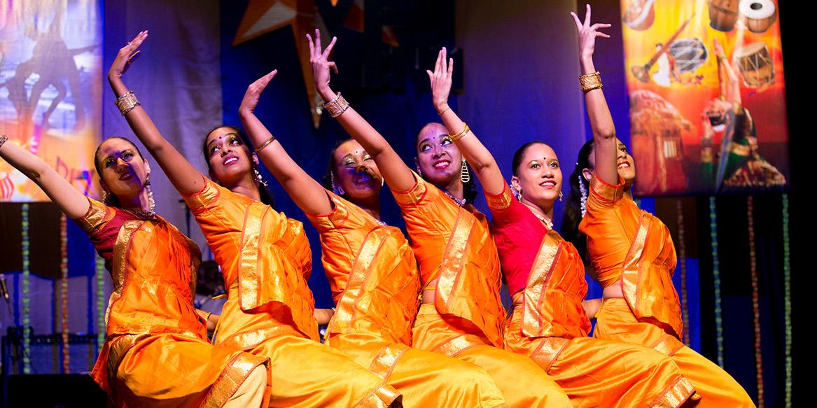 http://medias.tourism-system.com/a/9/409533_tamil_vibe_5119.jpg