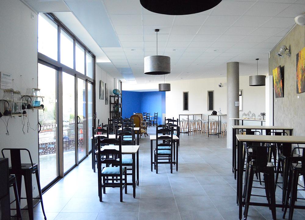 ma cuisine bleue chang office de tourisme du pays de laval. Black Bedroom Furniture Sets. Home Design Ideas