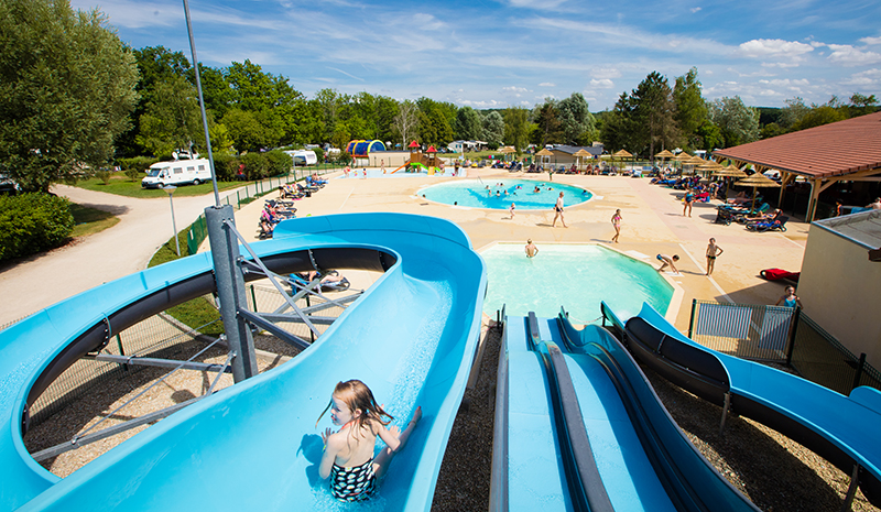 Camping kawan resort lac d 39 orient mesnil saint p re for Piscine de joigny